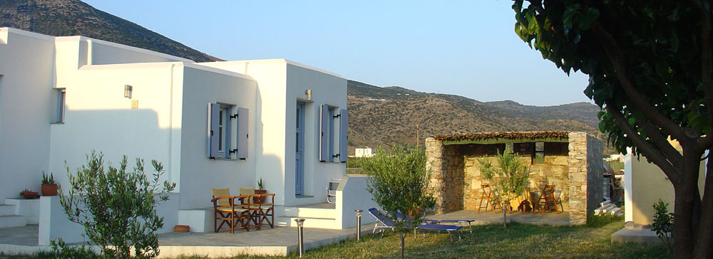 Sifnos rooms and apartments Makis in Kamares